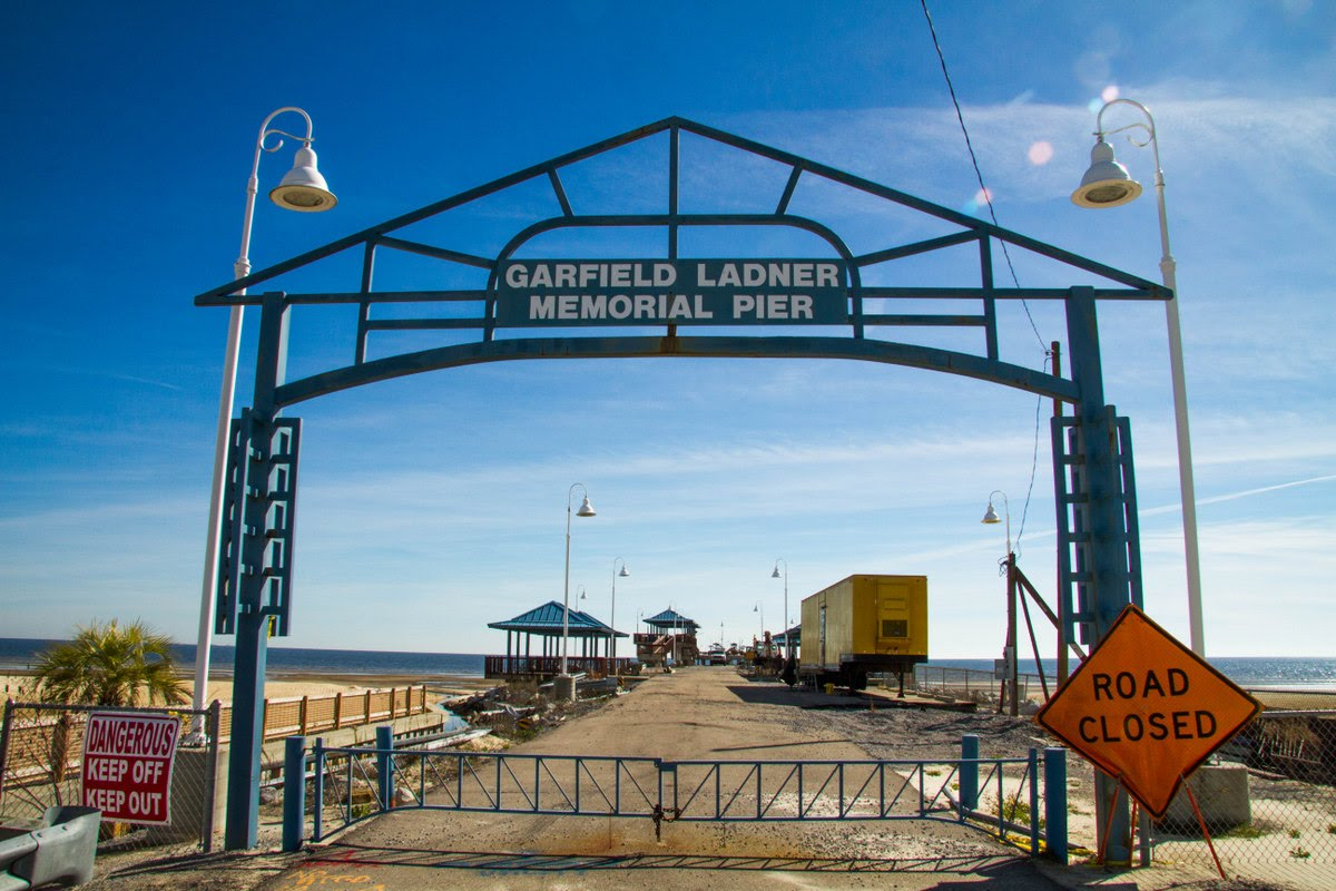 Waveland Pier Repair Resumes